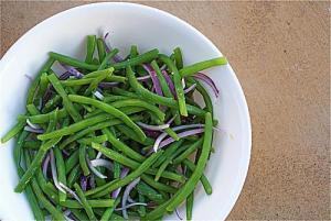 side dish: green beans with red onions